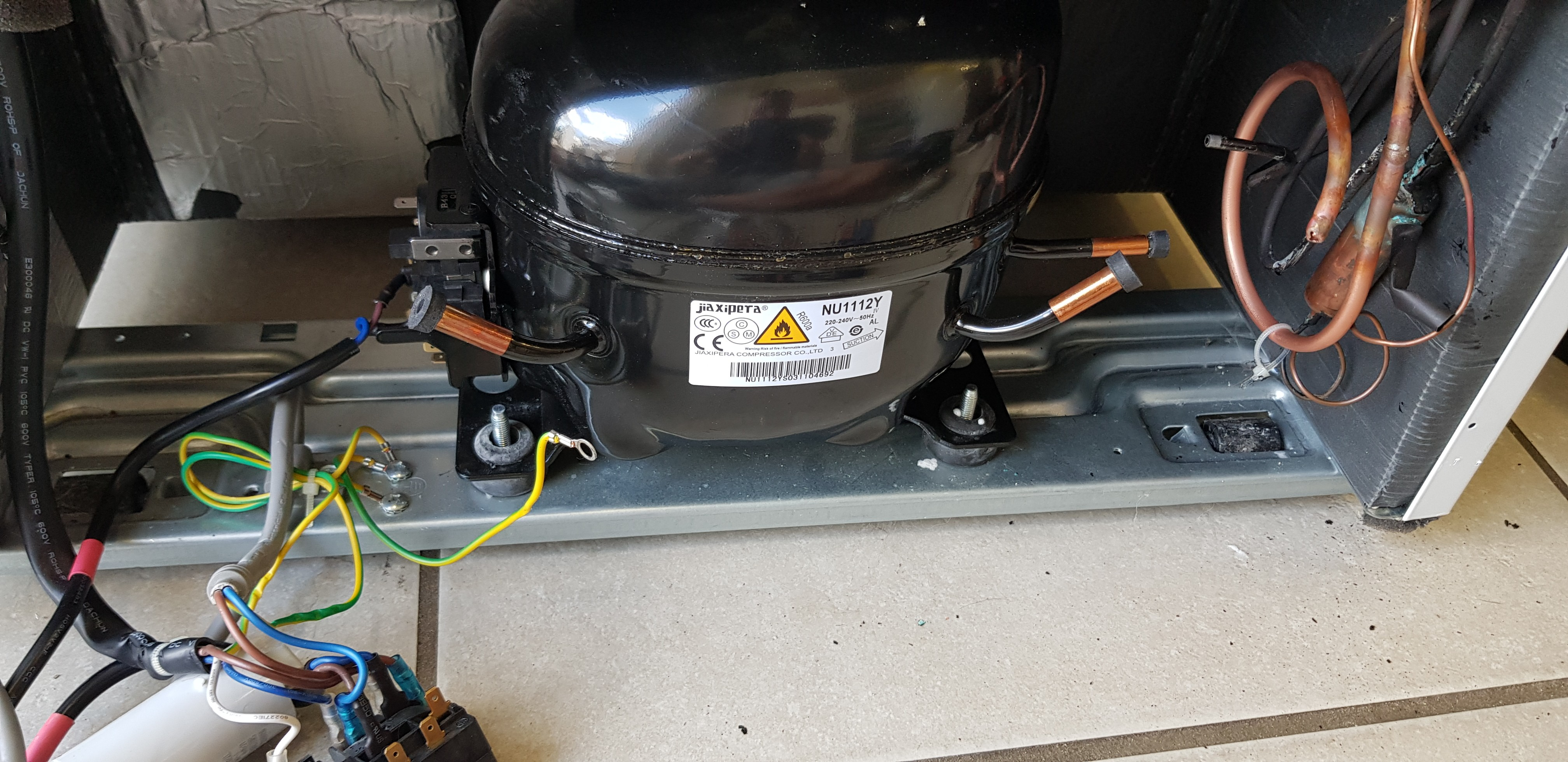Remplacement compresseur frigidaire congelateur